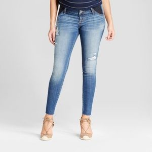 ISABEL MATERNITY Distressed Denim Jeggings Jeans